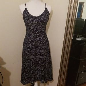 Forever21 navy blie floral dress size small